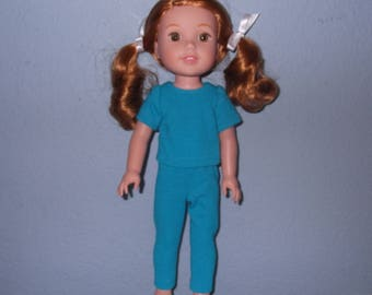 Wellie Wisher doll T-shirt and leggings