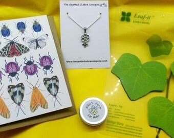 Small Gift Box - Bees, Butterflies and Flowers