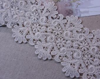 Gorgeous  Vintage style Cotton Crochet Lace Trim  Lovely 10cm Wide 1 Yard #352