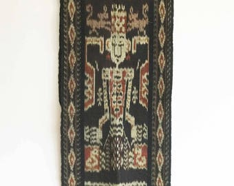 Vintage Tenun ikat Sumba,Handwoven ,Table Runner, Wall Hanging, Home Decor(IK013)