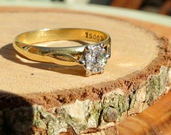 Irish 18k yellow gold solitairé diamond engagement ring