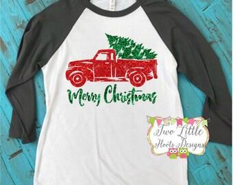 Merry Christmas Glittery T-Shirt ~  Glitter Christmas Raglan Tee ~ 3/4 length ~ Christmas Baseball Shirt ~ Raglan Tee ~ Christmas Shirt ~