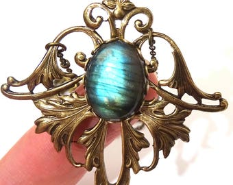 Collier Pierre de labradorite Ovale couleur bronze pendentif Labradorite aux reflets bleus victorien art nouveau fée aile fleur lys