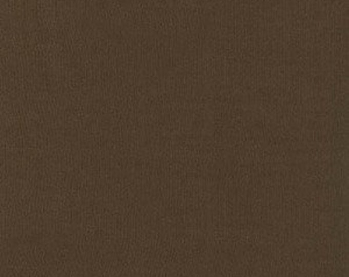 London Calling - Cambridge Lawn C3221073 Chocolate - 1/2 yard