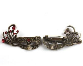 Bronze rhinestone Venetian mask brooch Red