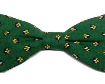 Green and yellow provencal bowtie sewn by hand with straight edges