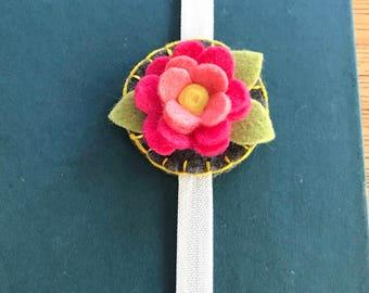 Felt Bookmark, Felt Flower Bookmark, flet flowers, journal, birthday gift, friend gift, teacher gift, summer reading, bookworm
