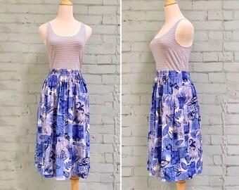 1980s blue novelty print skirt / 80s floral midi skirt / 1980s circle skirt / 80s swing skirt / size medium