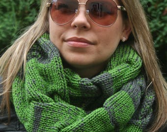 Knit Infinity Scarf, Green and Grey scarf, Circle Scarf, Winter scarf, Infinity scarves,Gift for women, Womens Accessories