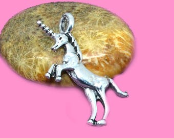 4 35x25mm silver 3D Unicorn charms