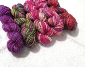 "5 mini skeins of sock yarn, 10 g each, 50 g / 205 yards total,  colour ""Botanical"", fingering weight mini skeins, 75% wool,sockyarn"