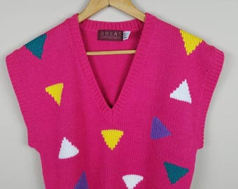 1980s vintage sweater vest pink medium triangles