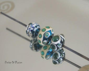 Set of 3 Lampwork Glass Beads * points * turquoise/ivory tones