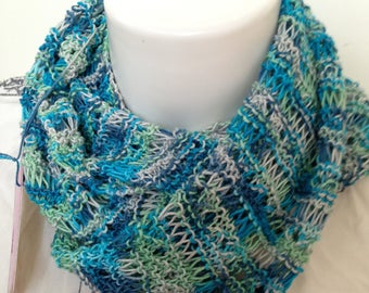 Snood infinity spring knit openwork turquoise-green-gray