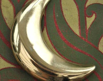 Large vintage 60s goldtone crescent moon brooch