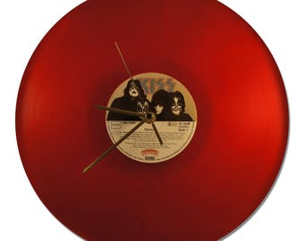 "CLOCK VINYL KISS ""DYNASTY"" RED VINYL!"