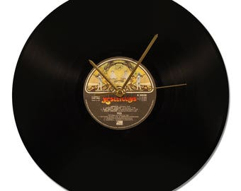 "YES ""Yesterdays"" 33tours Vinyl clock"
