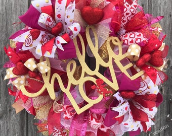 Hello Love Wreath, Valentines Wreath, Happy Valentine's Day Wreath, Valentine's Decor, Valentines Deco Mesh Wreath, Love Door Hanger