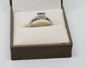 Vintage blue topaz sterling silver ring size US 6.5 gifts for her birthday giftsVintage