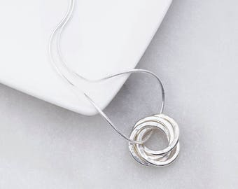 Four interlinked rings necklace - mothers necklace - interlinked rings - russian rings necklace - 40th birthday necklace