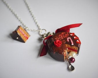 Chocolate Berry cake necklace