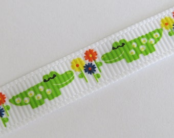 Pretty White Ribbon with Alligator and flower pattern