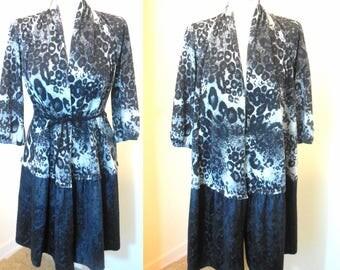 Long Cardigan Sweater Coat Black White Gray Animal Print Leopard Cheetah Woman's Top Knit Jacket Clothing Size Medium