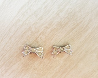 Vintage Shoe Clips Small/Tiny Silver tone with Rhinestones Bow Shape