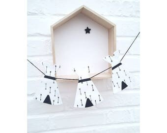 Garland 3 Teepees black and White arrows, room decoration kids room decor baby wall decor, nursery Garland
