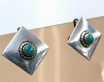Vintage Native American Indian earrings Turquoise + Sterling Silver screw-back