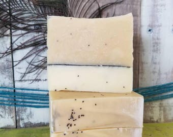 Lemongrass Poppyseed lye soap