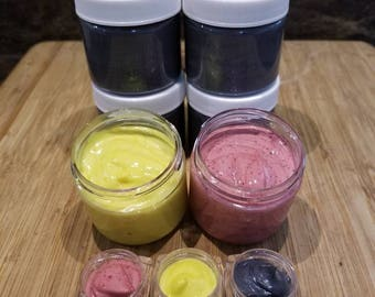 Activated Charcoal, Turmeric, or Beet Root Mask 2oz