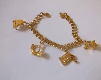 Vintage Music Theme Charm Bracelet, Gold Musical Staff, Piano, French Horn Symphony Charm bracelet