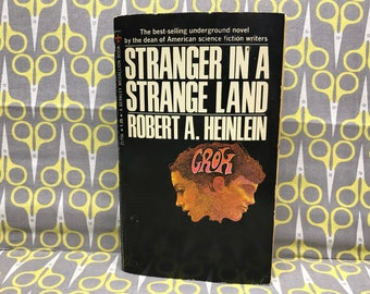 Stranger in a Strange Land by Robert A Heinlein paperback book