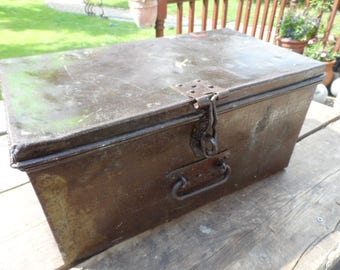 Large Metal Engineers Tool Box Industrial Storage for the Home or Office Cleaned Polished & ready to go Hinged Lid with carry handle