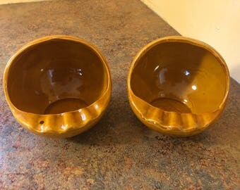 Pair of Vintage 1970s Royal Haeger #2141 Orange Earth Wrap / Lava Graphic Art Pottery Orb Ashtrays