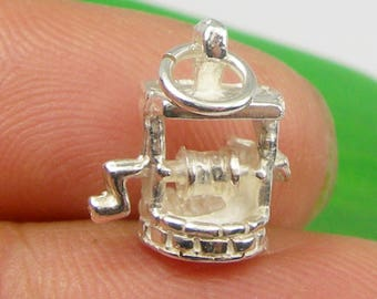 3 Dimensional Wishing Well Charm Pendant Genuine 925 Sterling Silver - C2108