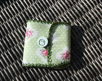 wallet - coin purse and green fabric card holder
