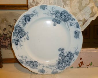 Lovely Antique Time Worn Alfred Meakin England Flow Blue 9 Inch Plate Late 1800's