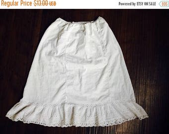 HALF OFF Closing Sale Vintage cotton eyelet Slip fitted with ruffle medium Charmode