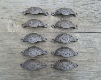A set of 10 of classic Victorian Kenrick cast iron drawer pull handles handle CH2