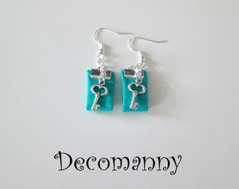 Earrings in turquoise linen and key charms