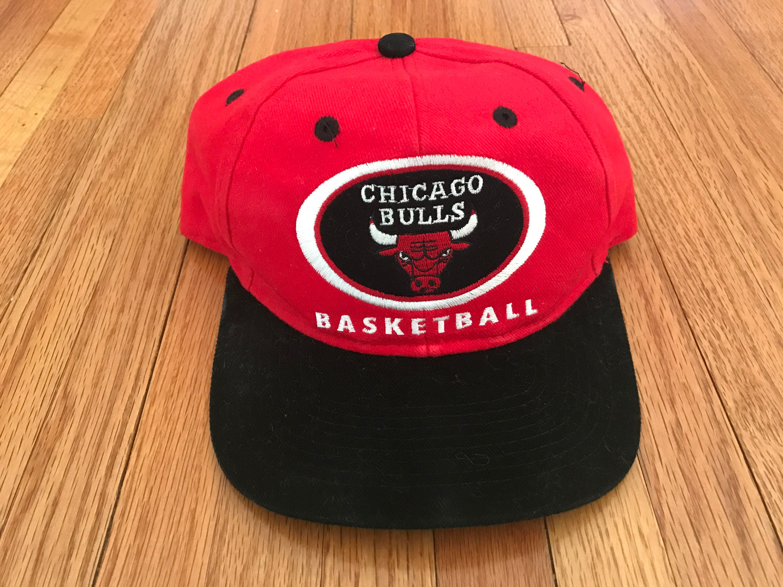 b0d3b9cba20 Vintage 90s Chicago Bulls NBA Basketball Drew Pearson Snapback Hat ...