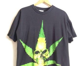 Vtg. WEED SKULL CHRONIC 90s Vintage T-Shirt / Wild Oats / Size Large
