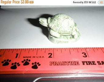 CLEARANCE Green Sea Turtle Porcelain Wade, Red Rose Tea Wade Collectible,Red Rose Tea Figurine,Great Condition!