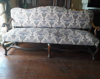 William and Mary Federal  Upholstered Bench