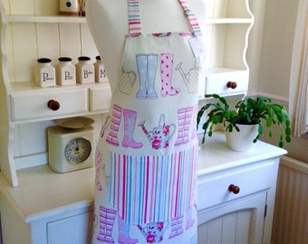 Apron, Wellies Apron, Watering Can Apron, Ladies' Apron, Full Apron, Adjustable Apron, Womens Apron, Gardening, Gift for Her, Kitchen