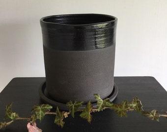 Pot à plante. Planter ceramic. Pot à plantes en céramique. Jardinière en grès noir. Planteur extérieur intérieur. Plant pot.
