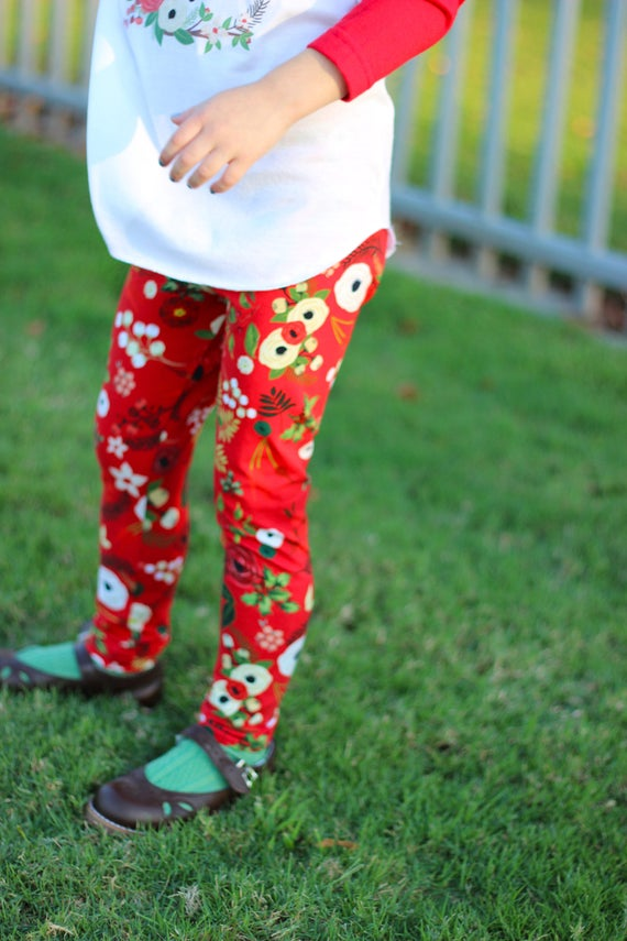 Red Christmas Leggings Christmas Baby Leggings Holiday Leggings Winter Red Floral Berries Holly Flowers Toddler Leggings Girl