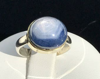 Star Sapphire Cabochon, 14K Gold Setting, Sterling Silver Ring. Size US-5.25, UK-K.